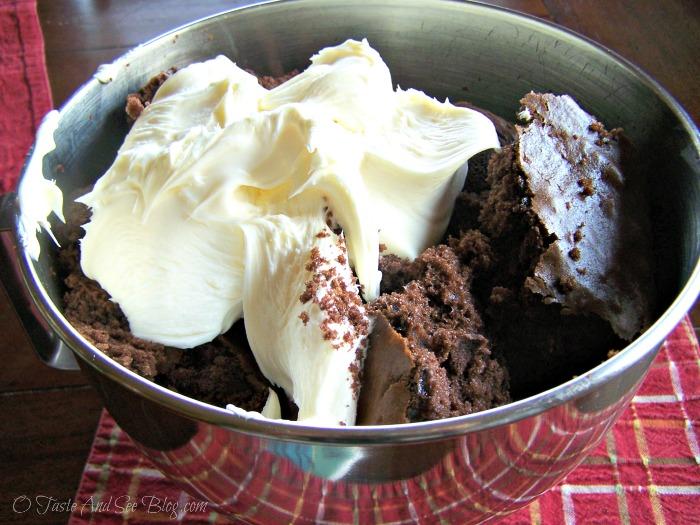 chocolate mint cake balls 034