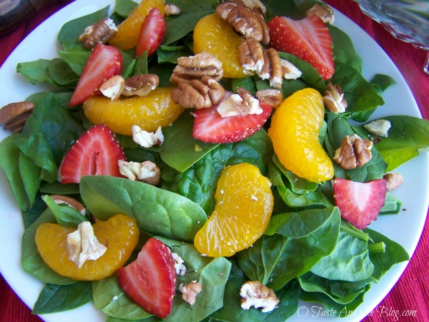 strawberry spinach salad 050